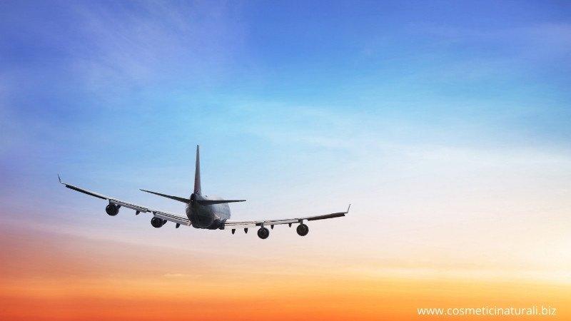 Cosmetici solidi per aereo