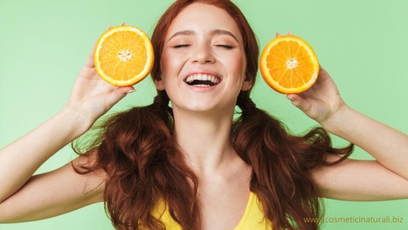 Illuminare la pelle con la vitamina C